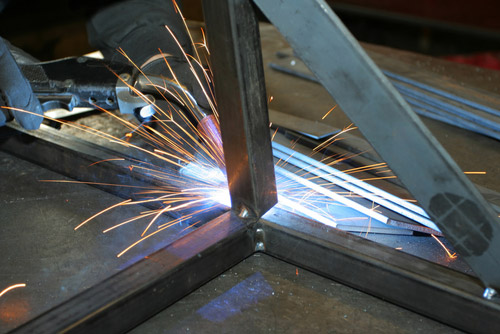 Service Metal Fabrication Toronto : Understanding the process of custom metal fabrication in