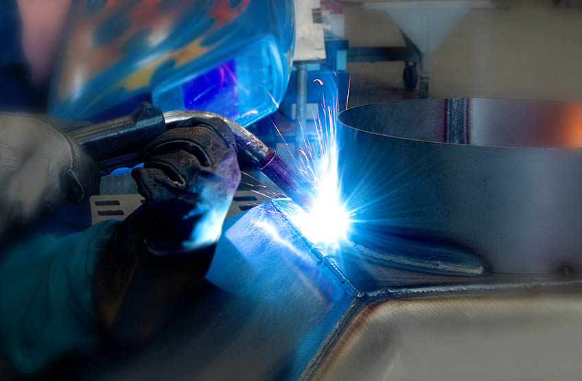 Service Metal Fabrication Toronto : What to look for in the right metal fabricators toronto
